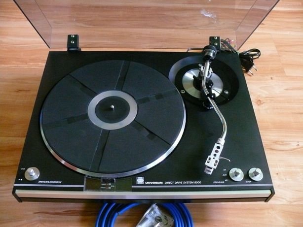 Gramofon Universum F086