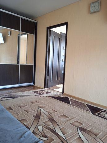 Продам 2 комнатную квартиру на Макарова р-н Рабочей