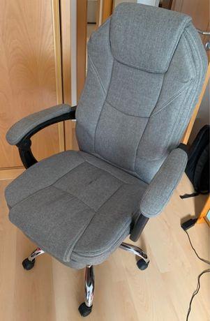 Cadeira de escritório em cinzento
