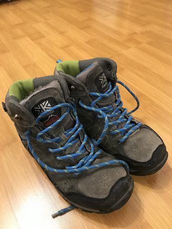 Взуття зимове 34 розмір