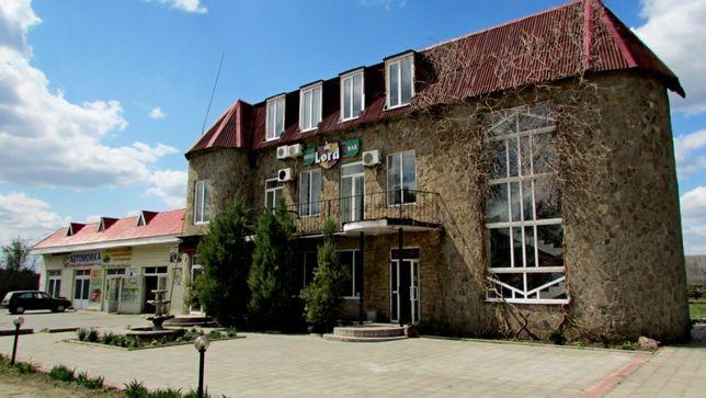 Продам гостиничный комплекс с СТО на въезде в город.