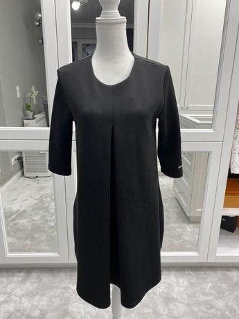Sukienka czarna trapezowa Mohito