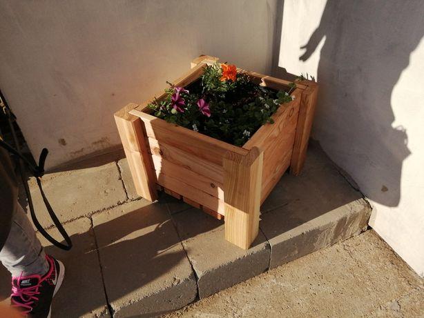 Donica, doniczka drewniana na taras, balkon, do ogrodu, skrzynka
