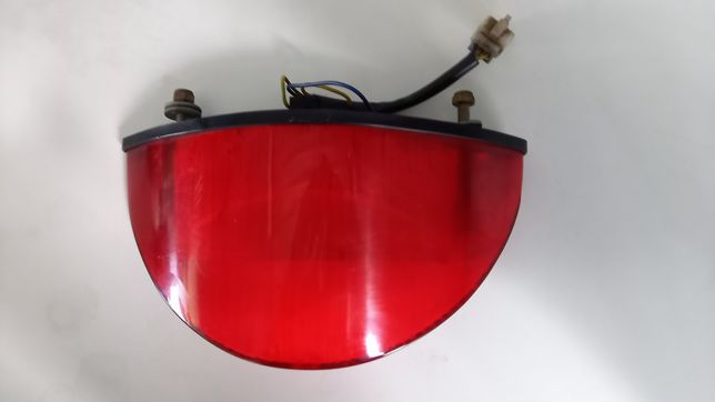 Moto Guzzi Breva V 750ie lampa tył