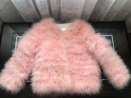 Шубка розовая страусиный пух