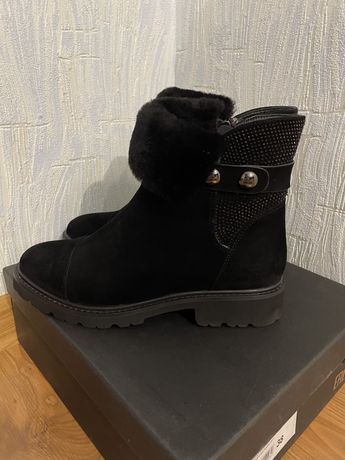 Зимові черевики Prego 38 розмір