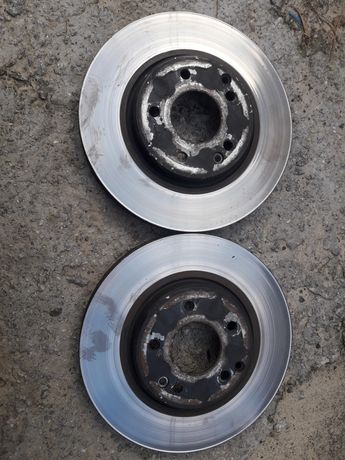 Тормозные диски мерседес Е210.
