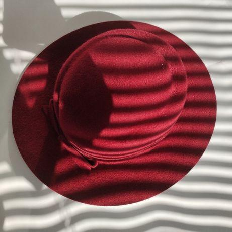 Шляпа женская 1