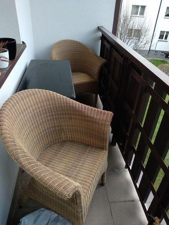 Fotele rattanowe na balkon ogród