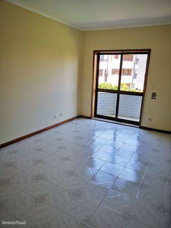 Apartamento T2 em Forno, Rio Tinto - SÓ PARTICULARES