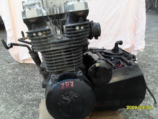 мотор KAWASAKI GPZ ZZR ZXR ZL EN KLR KLE GTR ZR suzuki honda yamaha