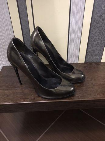Туфли GUCCI 38 размер, оригинал