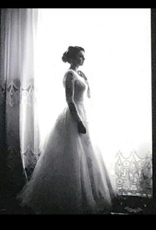 Весільне плаття!колір айвора!