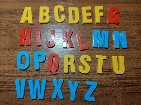 Продам буквы и цыфры для магнитной доски