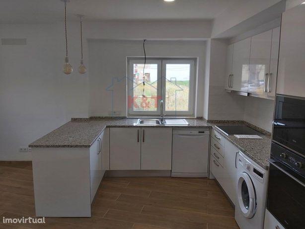 Apartamento moderno T1, equipado, arrendamento Anual novo...