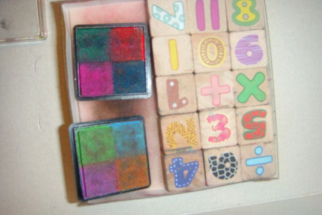 Pieczątki drewniane Cyferki stempelki 15 sztuk