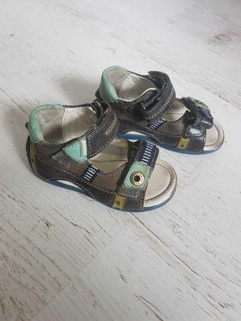 Skórzane sandałki lasocki 19
