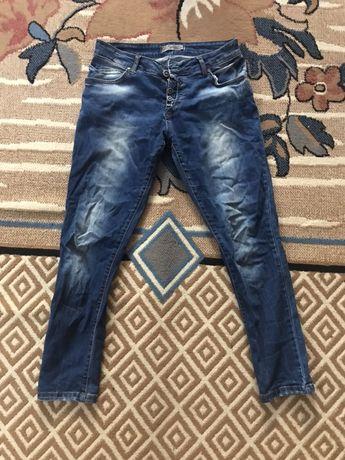 Продам джинсы-бойфренды