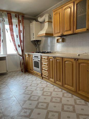 Продам 3-х комнатную квартиру на Таврическом с Автономным отоплением