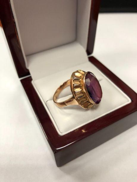 stylowy złoty pierścionek 585 7,19g