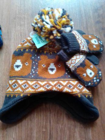 Детская шапочка с рукавичками.