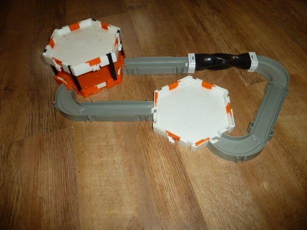 Нано-робот HexBug Nano Micro Robotic, вариант 3 трек для нано-жучков ,