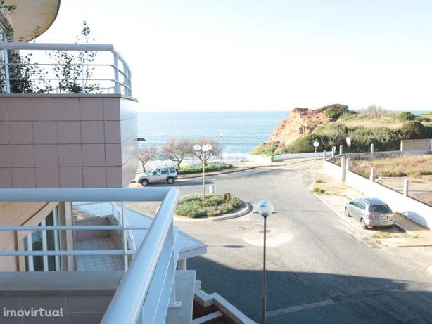 Apartamento T2 a 300 metros da praia com vista mar