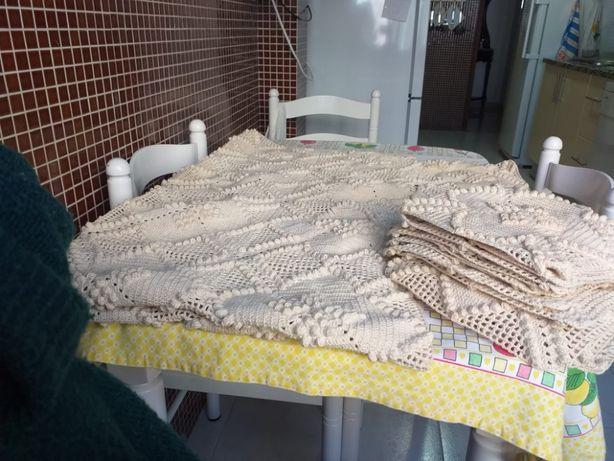 Toalha de cochê feita á mão.