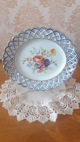 Фарфоровая коллекционная тарелка SEVRES, Франция