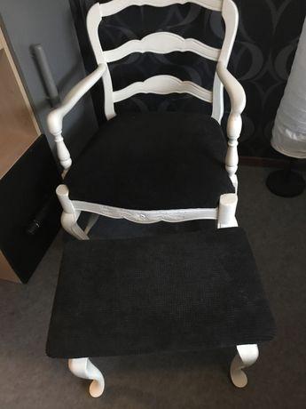 Krzeslo ludwik z podnozkiem