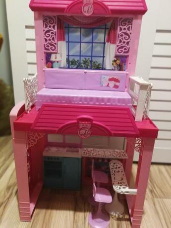 Różowy domek barbie