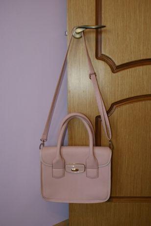 Шикарная сумка цвета пудры