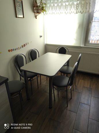 Stół i krzesła (6szt)