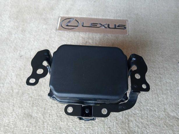8821006020 Радар дистроник Lexus ES350 RX 350 RX450h USA 2016-2019