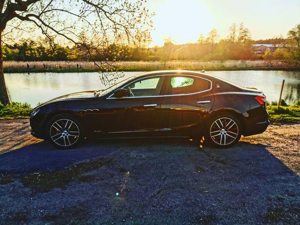 Wynajem limuzyny Maserati do wesel, studniówek, sesji, VIP taxi.
