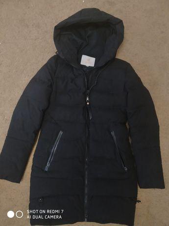 Курточка чёрная, тёплая осень-зима