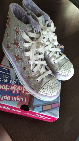 Skechers взуття
