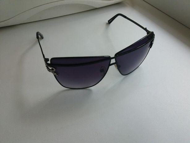 Фирменные очки Donna сделаны в Европе.