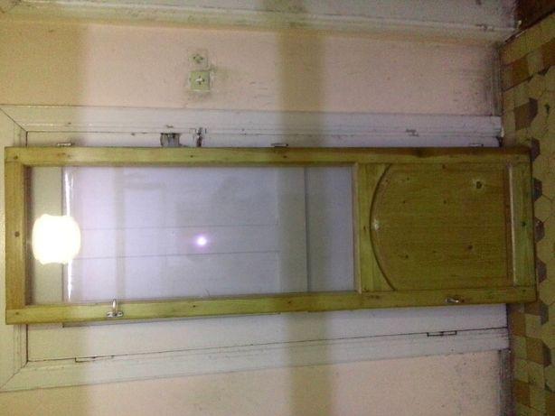 двері балконні соснові