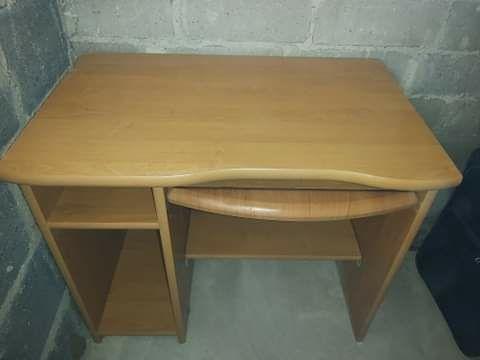 Sprzedam biurko stan bdb