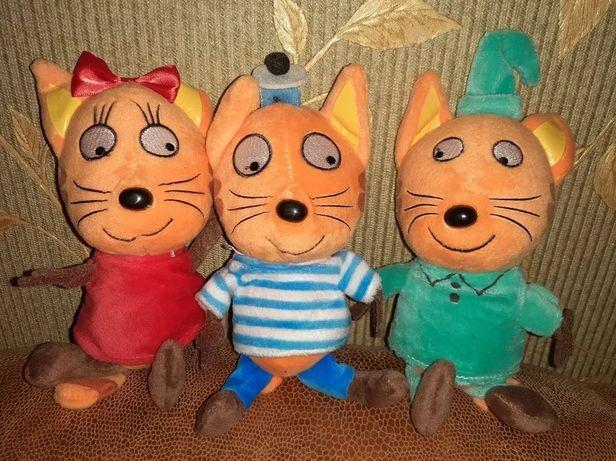Музыкальные мягкие игрушки с мультфильма Три Кота 25 см и 30 см