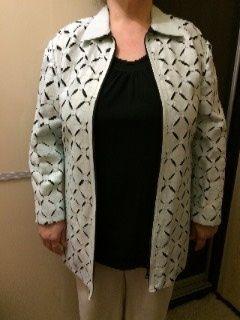Женская кожаная весенняя куртка в идеальном состоянии, размер XL