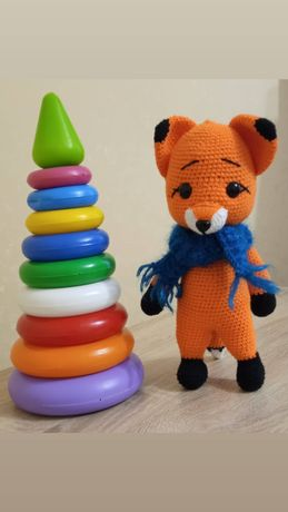 В'язані іграшки для найдорожчих - лисичка