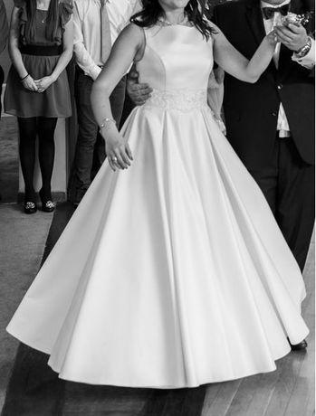 suknia ślubna, elegancka, klasyczna rozmiar 38