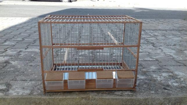 gaiola para canários