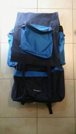 Plecak turystyczny firmy BISTANA