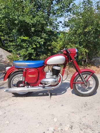 Мотоцикл Ява 250 (Jawa старуха) в отличном состоянии
