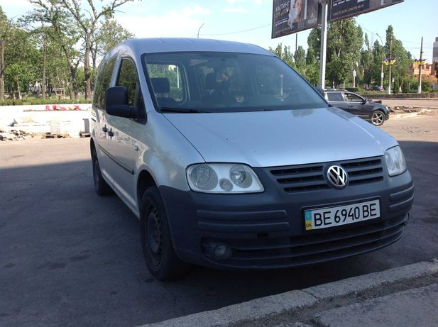 Продаю Volkswagen Caddy Life 1.6