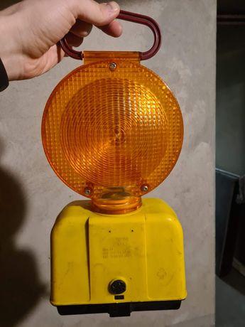 Ostrzegawcza lampa drogowa