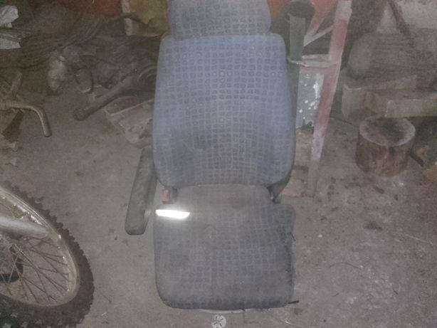 Zamienie Fotel pneumatyczny grammer Man l2000 lwey ciągnik Ursus Zetor